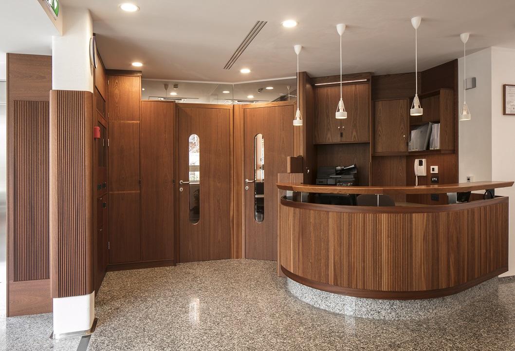 reception in legno
